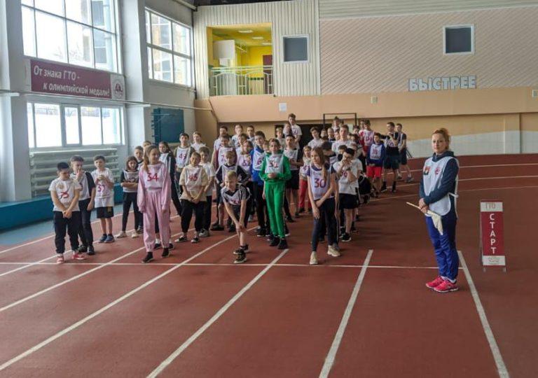 Учащиеся школы №12 города Кемерово выполнили нормативы комплекса ГТО!