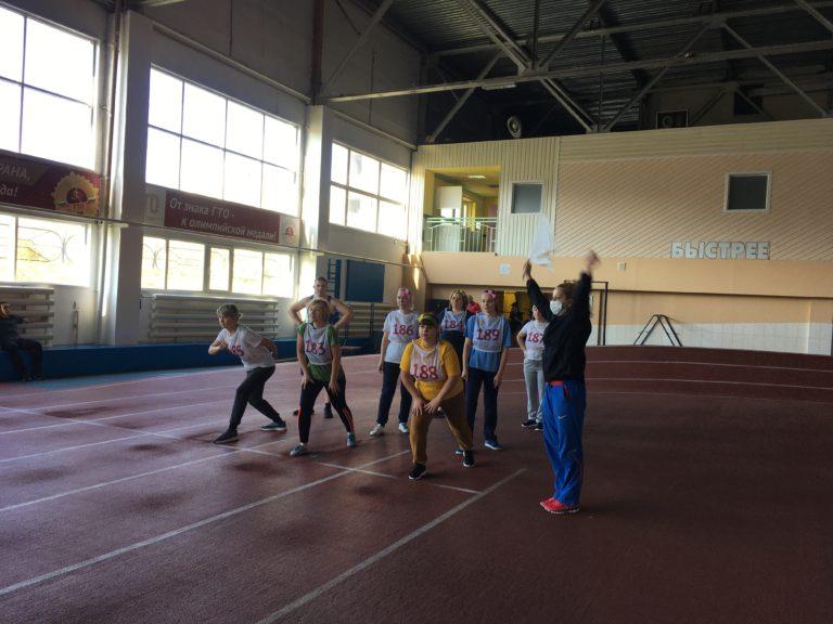 Воспитатели детского сада № 158 города Кемерово приступили к выполнению нормативов комплекса ГТО